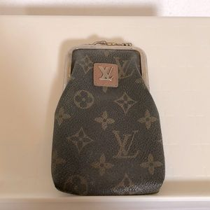 Louis Vuitton Cigarette Clutch